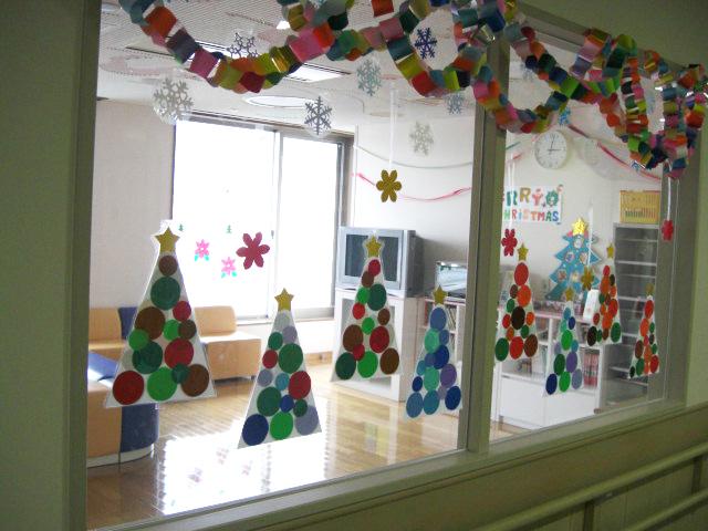 壁面飾り クリスマス 岐阜大学医学部附属病院小児病棟 プレイルーム