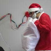 小児病棟でクリスマス会を開催