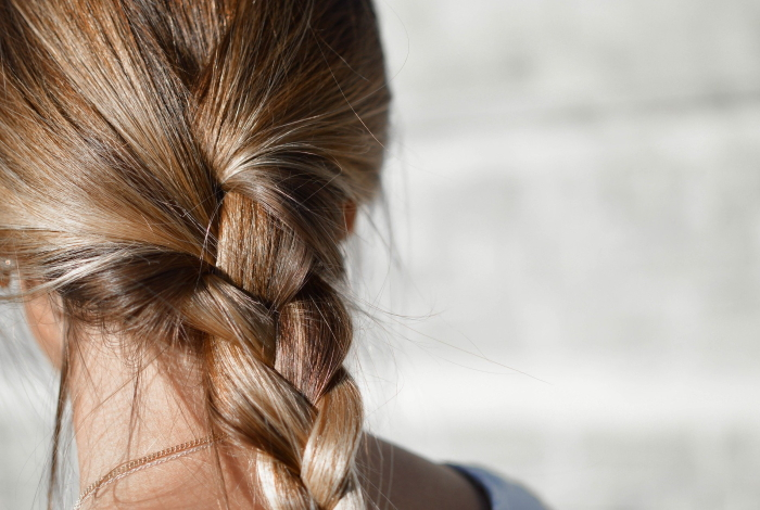 ヘアドネーションに必要な髪の長さ・送り先 | 小児がん等の子どもたちのウィッグ